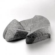Flowerbed, 1997, arduin, 43 x 45 x 15 cm
